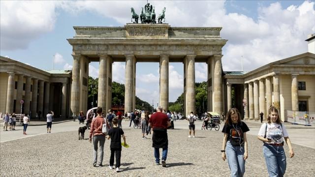 Almanya'da Kovid19 vaka sayısı artıyor