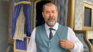 Fikret Kuşkan ile Özge Borak, TRT'nin mini dizisi 'Akif'te başrolü üstlendi